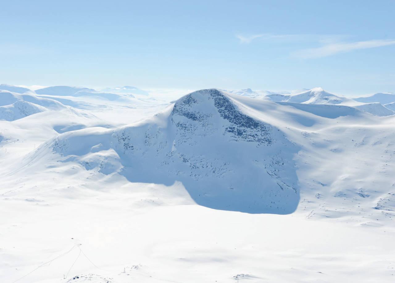 Rundtinden fra øst. Foto: Rune Dahl / Toppturer rundt Narvik.