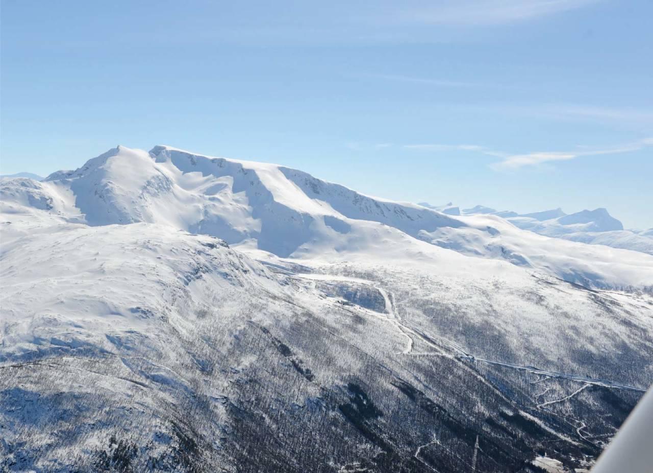 Simlefjellet fra nordøst. Foto: Rune Dahl / Toppturer rundt Narvik.