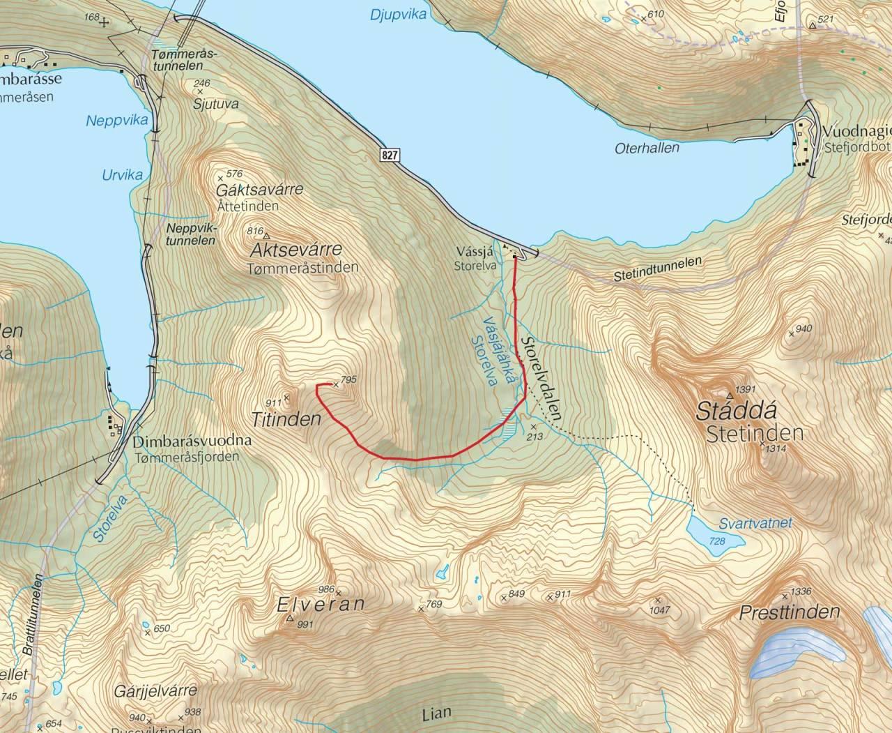 Kart over Titinden med inntegnet rute. Fra Trygge toppturer.