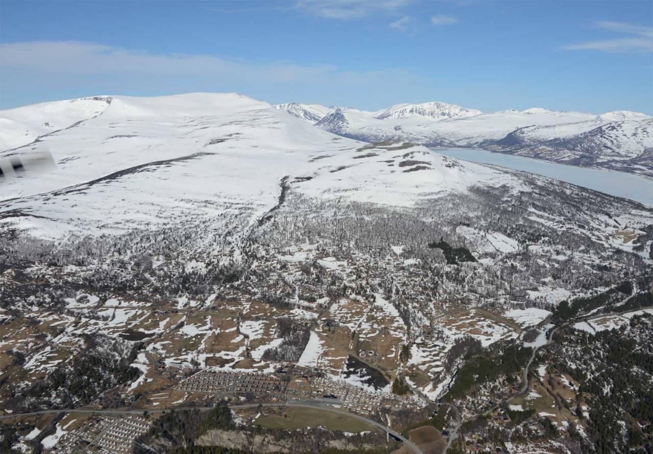 Storhornet sett fra sørøst. Foto: Ludvik Killingberg. / Trygge toppturer.