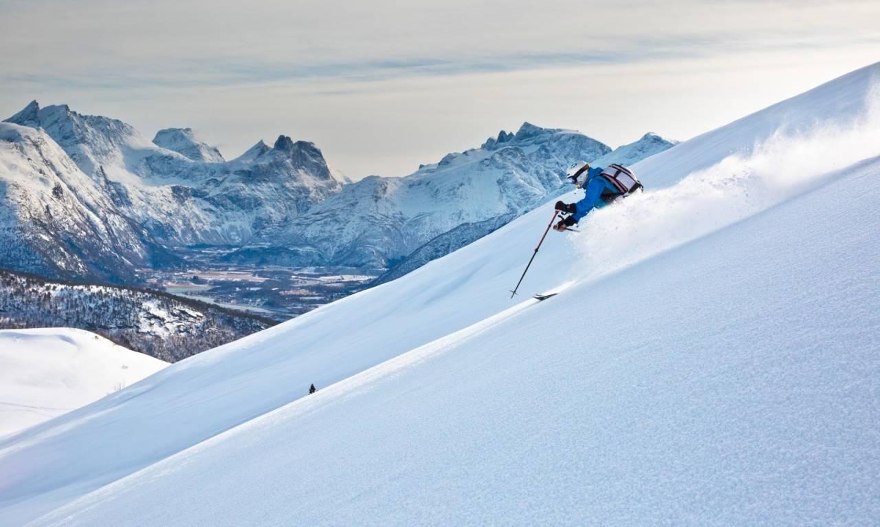 Bra skiterreng. Fra Skarven er det mye bra skiterreng og ofte mulig å finne god snø. Foto: Odd Erik Rønning
