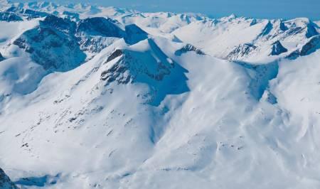 Alnestinden 1665 moh fra Toppturer i Romsdalen