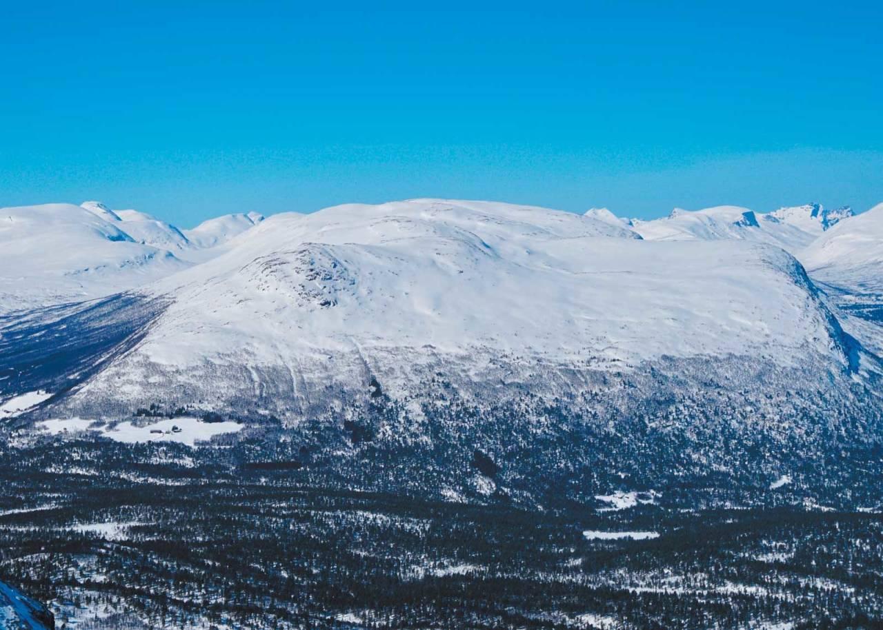 Brøstkampen 1311 moh fra Toppturer i Romsdalen