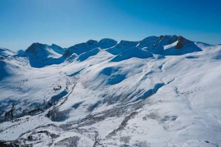 Sandfjellet traversen er en nydelig rundtur i blant de høyeste fjellene i Måndalen.