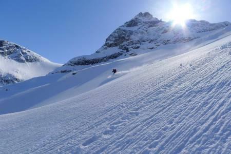 Mjølnerbreen har mye terreng og kan på gode dager gi fantastisk skikjøring. Foto: Halvor Hagen