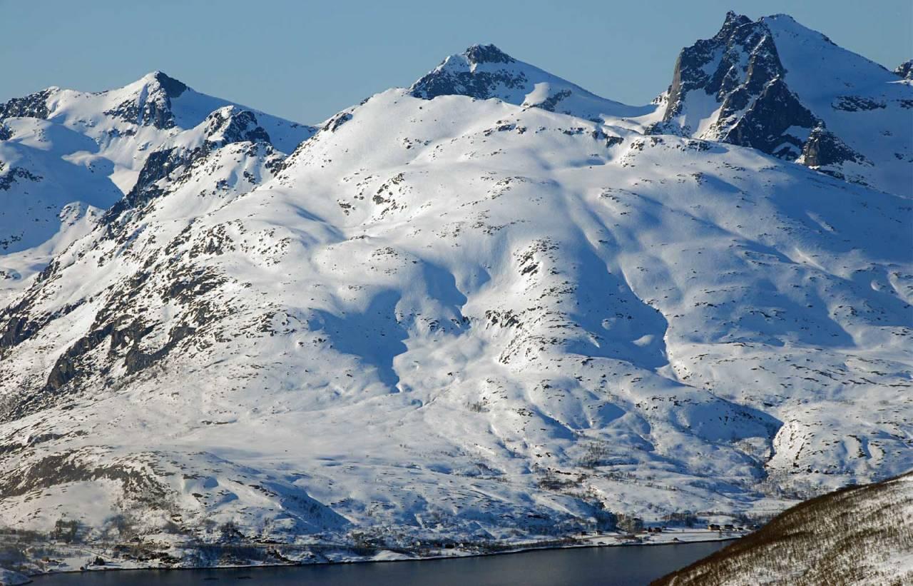 Buren sett fra øst. Foto: Espen Nordahl. / Trygge toppturer.