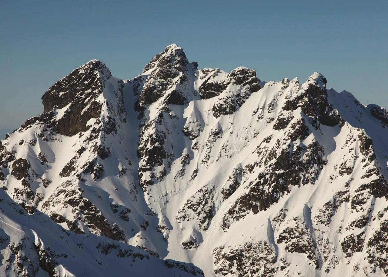 Durmålstinden 1005 moh fra Toppturer rundt Harstad