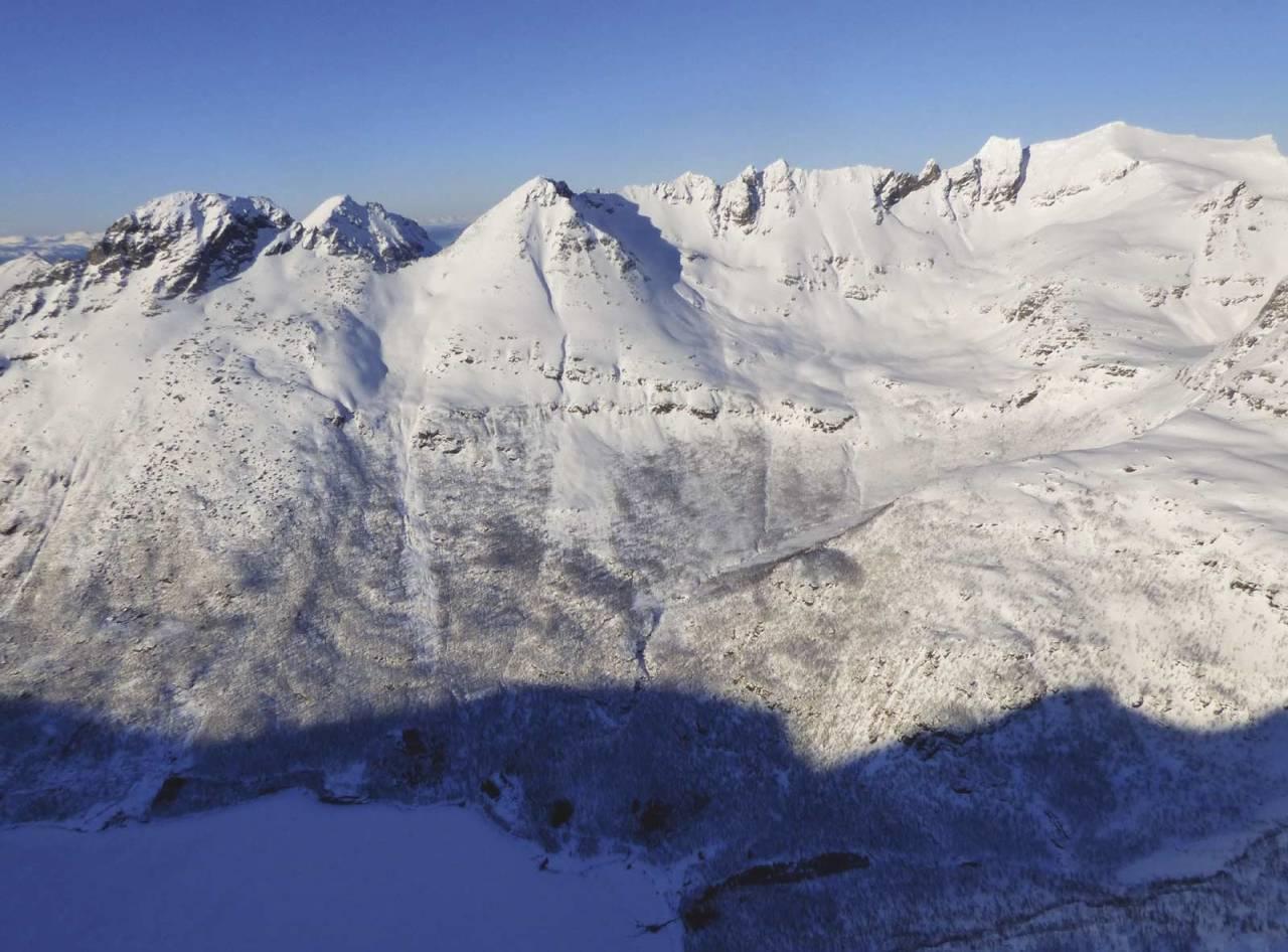 Langlitinden 1276 moh fra Toppturer rundt Harstad