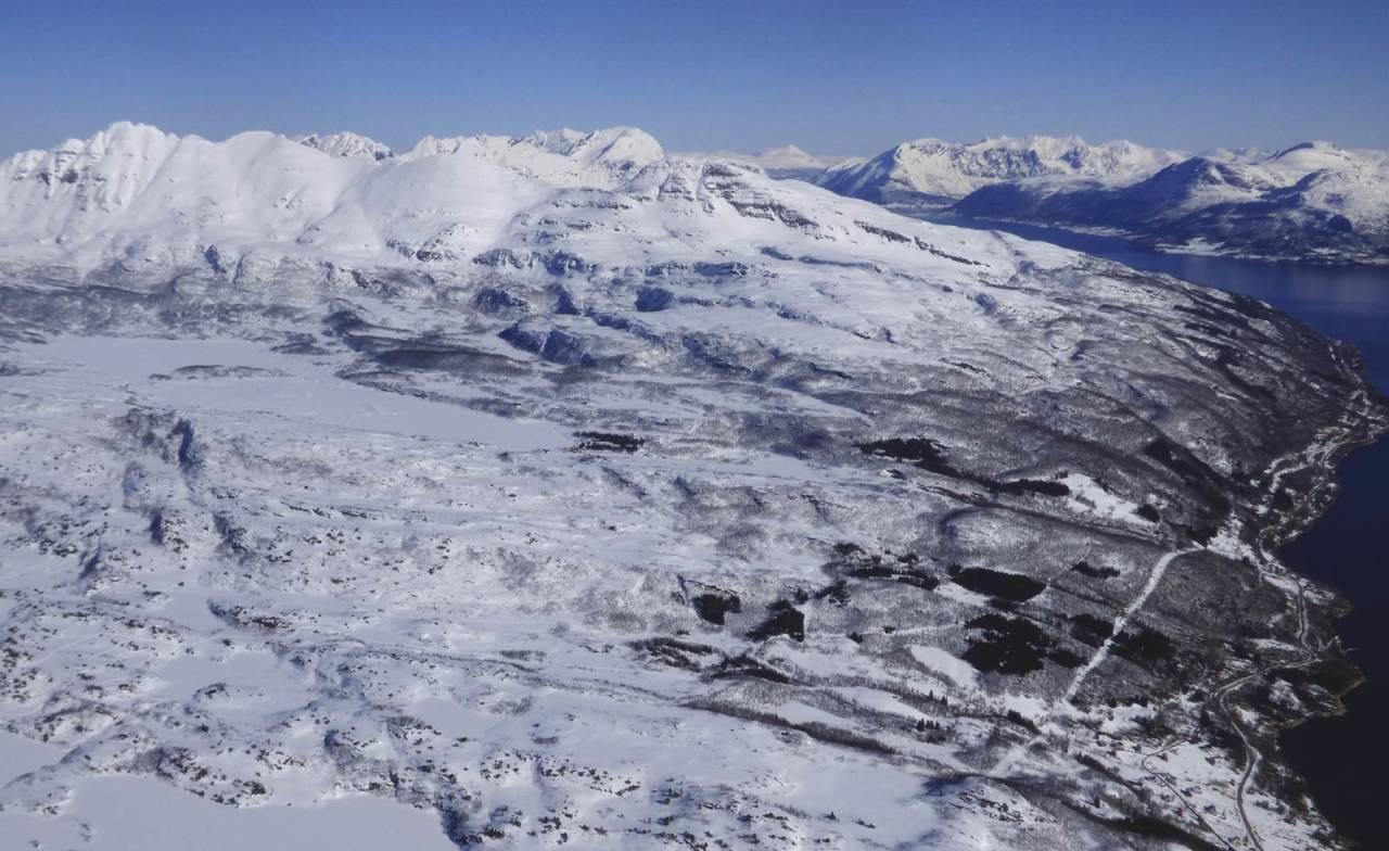 Rundtind 872 moh fra Toppturer rundt Harstad