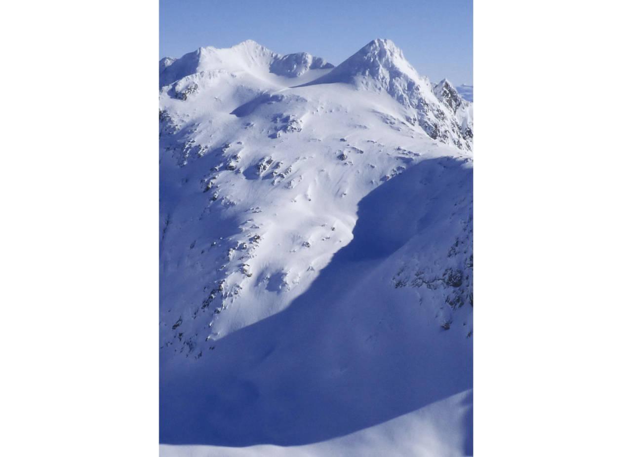 Snøtindan 996 moh fra Toppturer rundt Harstad