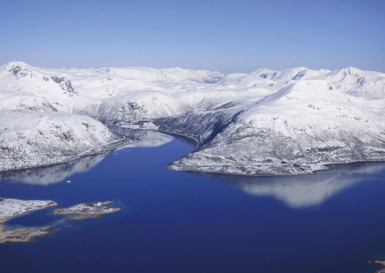 Snøtinden 980 moh fra Toppturer rundt Harstad
