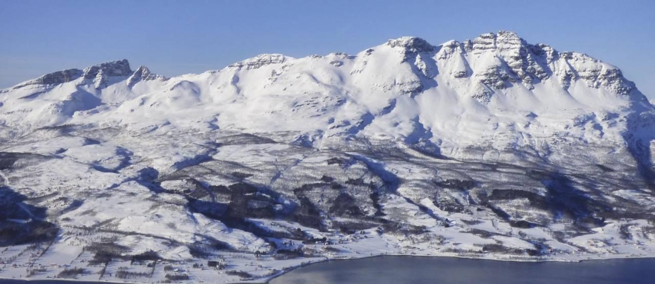 Stortinden 1021 moh fra Toppturer rundt Harstad