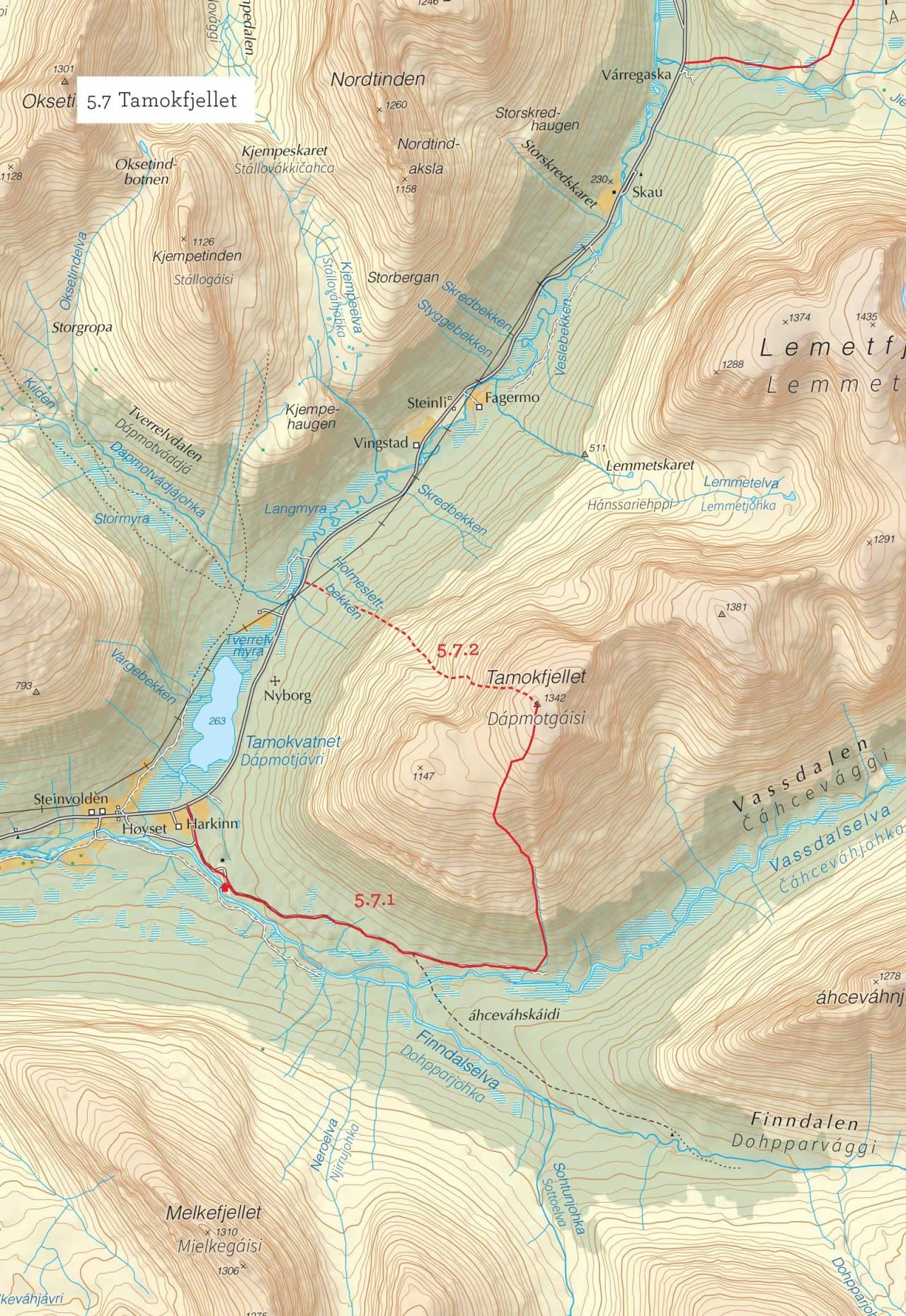 Oversiktskart over Tamokfjellet med inntegnet rute. Fra Toppturer i Troms.