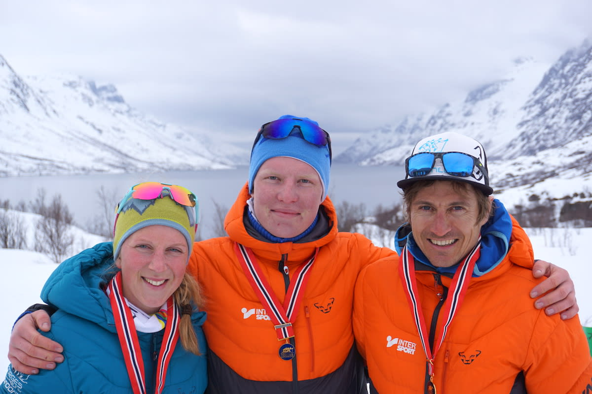 Tre norgesmestre i NM Skittentind Rando 2018: Stine Haustreis,  Sondre Svensli og Lars Erik Skjervheim. Foto: Arrangøren