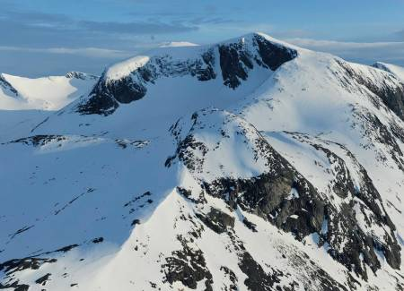 Ippočohkka fra nordøst. Foto: Rune Dahl / Toppturer rundt Narvik.