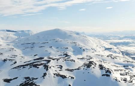Bildetekst: Loktačohkka fra øst. Foto: Rune Dahl / Toppturer rundt Narvik.