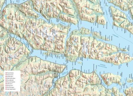 Oversiktskart over Lyngsalpan og Kåfjord. Fra Trygge toppturer.