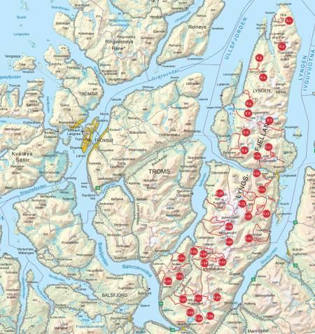 Oversiktskart over Lyngsalpene. Fra Toppturer i Troms.