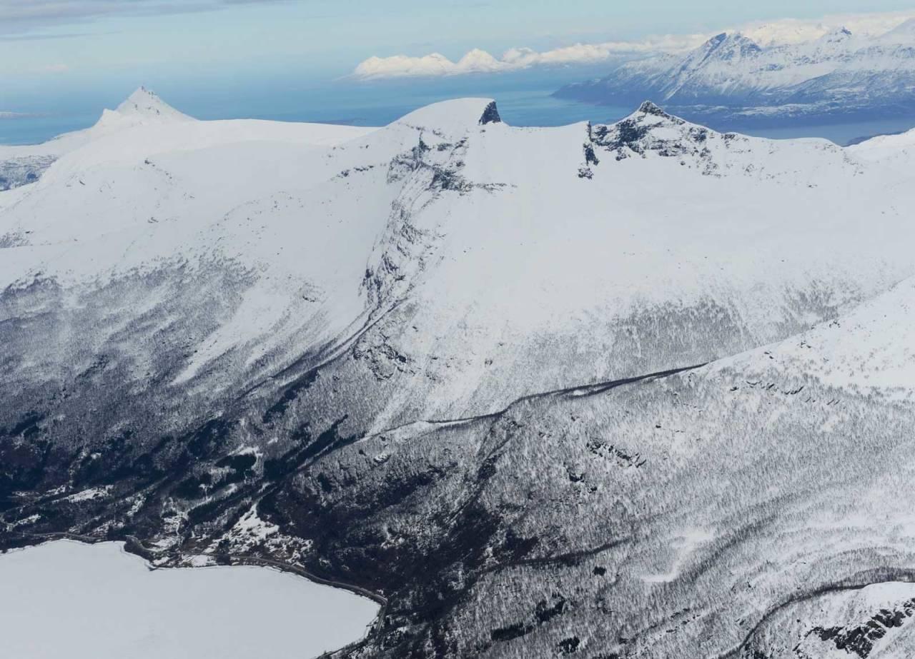 Segeltinden fra sør. Foto: Rune Dahl / Toppturer rundt Narvik.