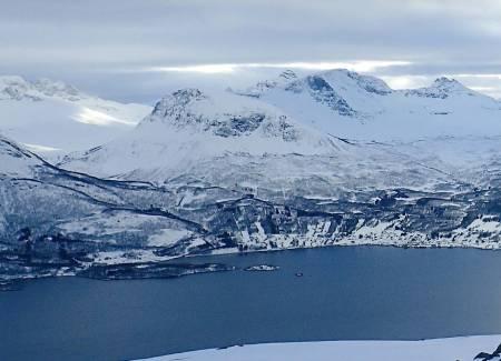 Nonsfjellet fra nord. Foto: Geir-Hugo Hanssen / Toppturer rundt Narvik.