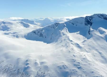Steintuva fra øst. Foto: Rune Dahl / Toppturer rundt Narvik.