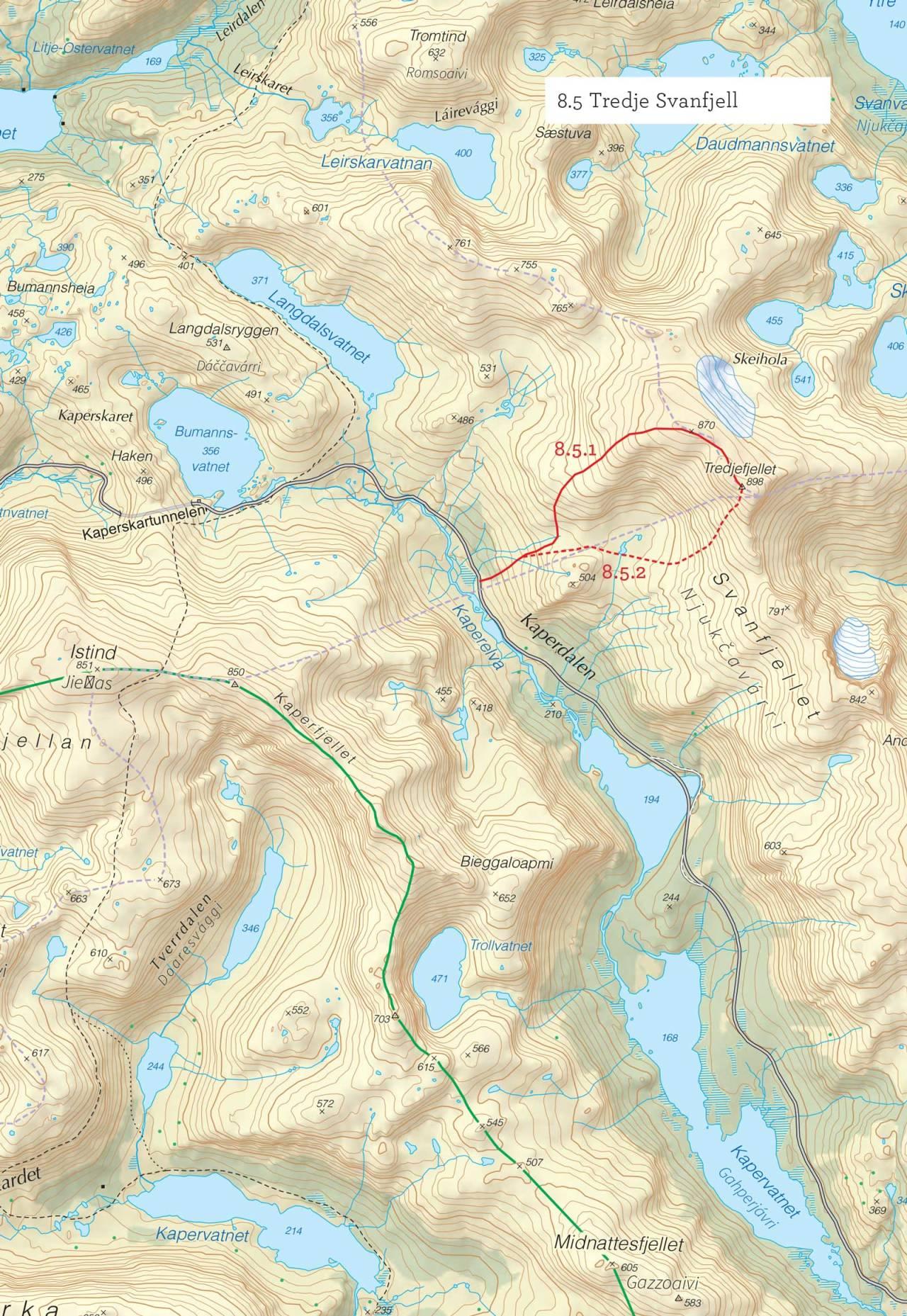 Oversiktskart over Tredje Svanfjell med inntegnet rute. Fra Toppturer i Troms.
