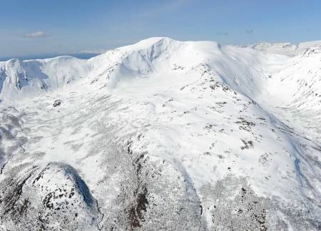 Vargfjordtinden fra øst. Foto: Rune Dahl / Toppturer rundt Narvik.