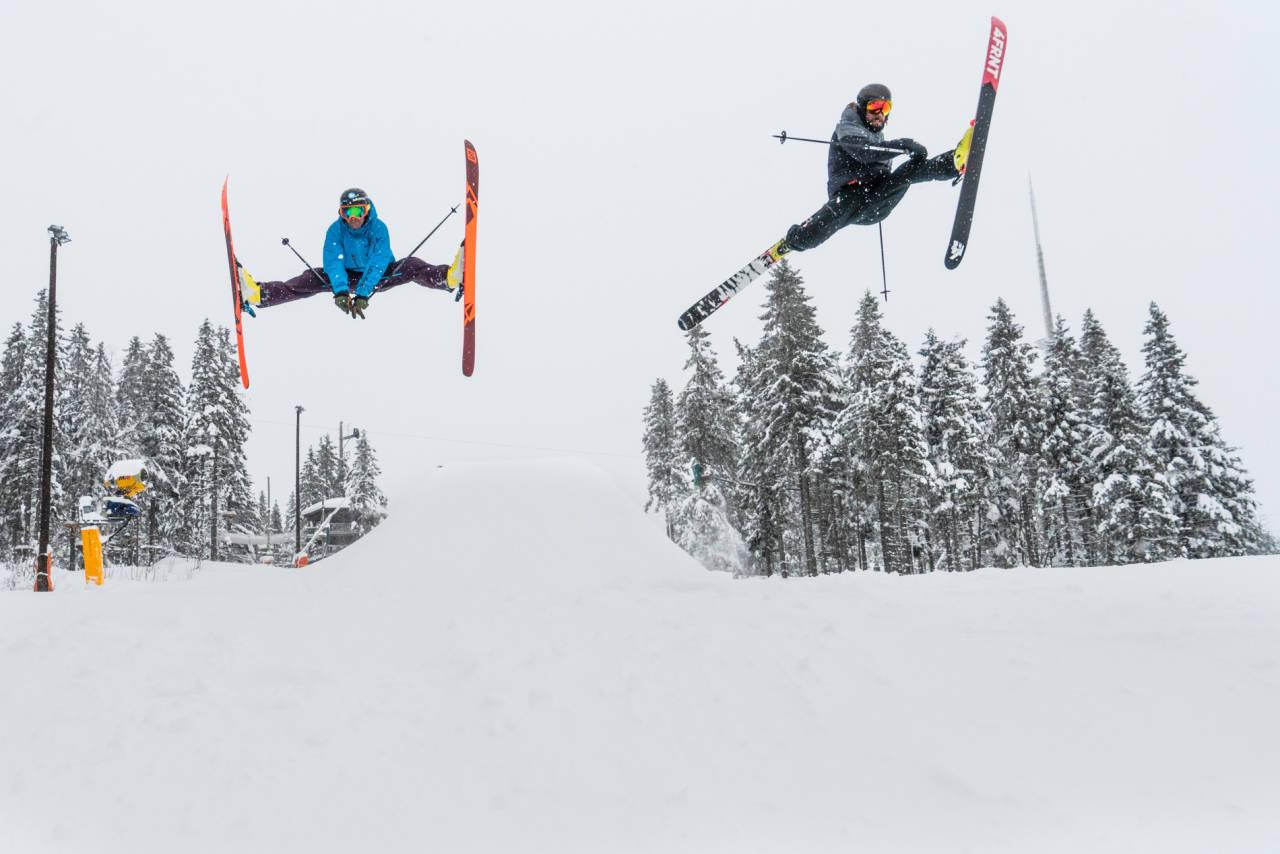 Kaj Zackrisson og Eirik Finseth tilbrakte en dag på ski i Oslo vinterpark. Foto: Christian Nerdrum