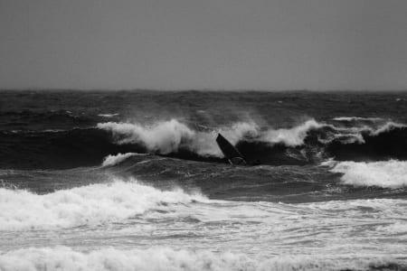 MONSTERTORSDAG: Fete bølger! Foto: Pål Rype