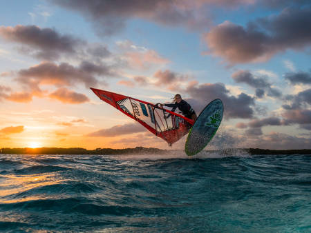 STERK: Så lenge det blåser, er Oda på vannet. Bilde: Håkon Skorge