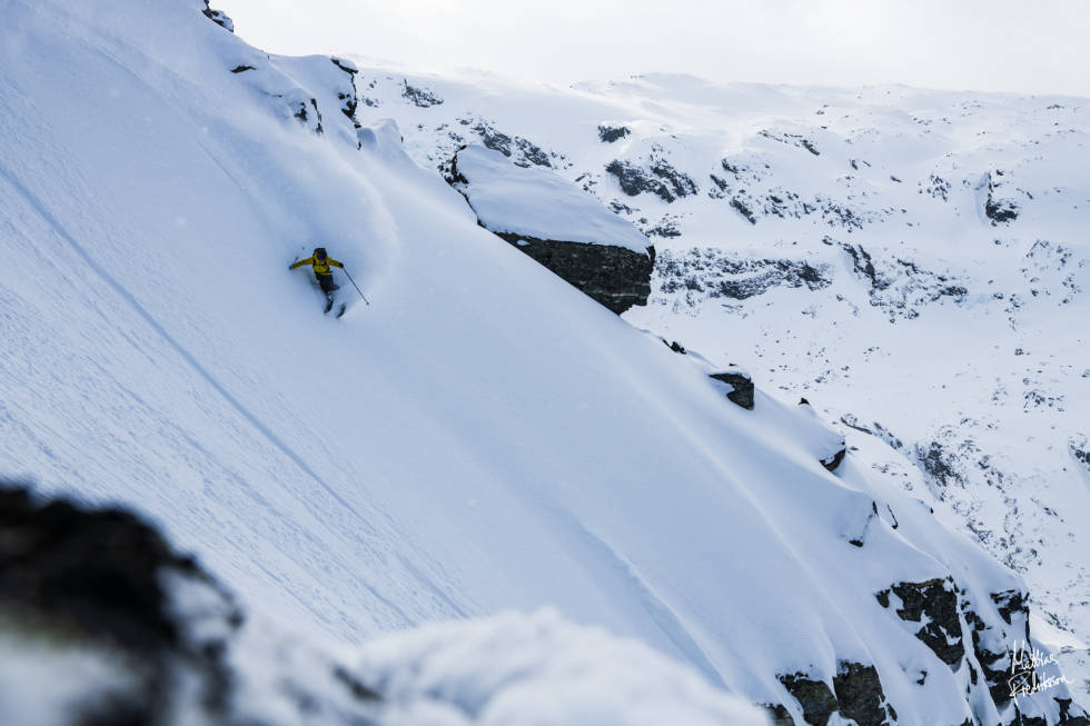 Våre dyktige guider fra Bre og Fjell finner den beste snøen for deg. Foto: Mattias Fredriksson