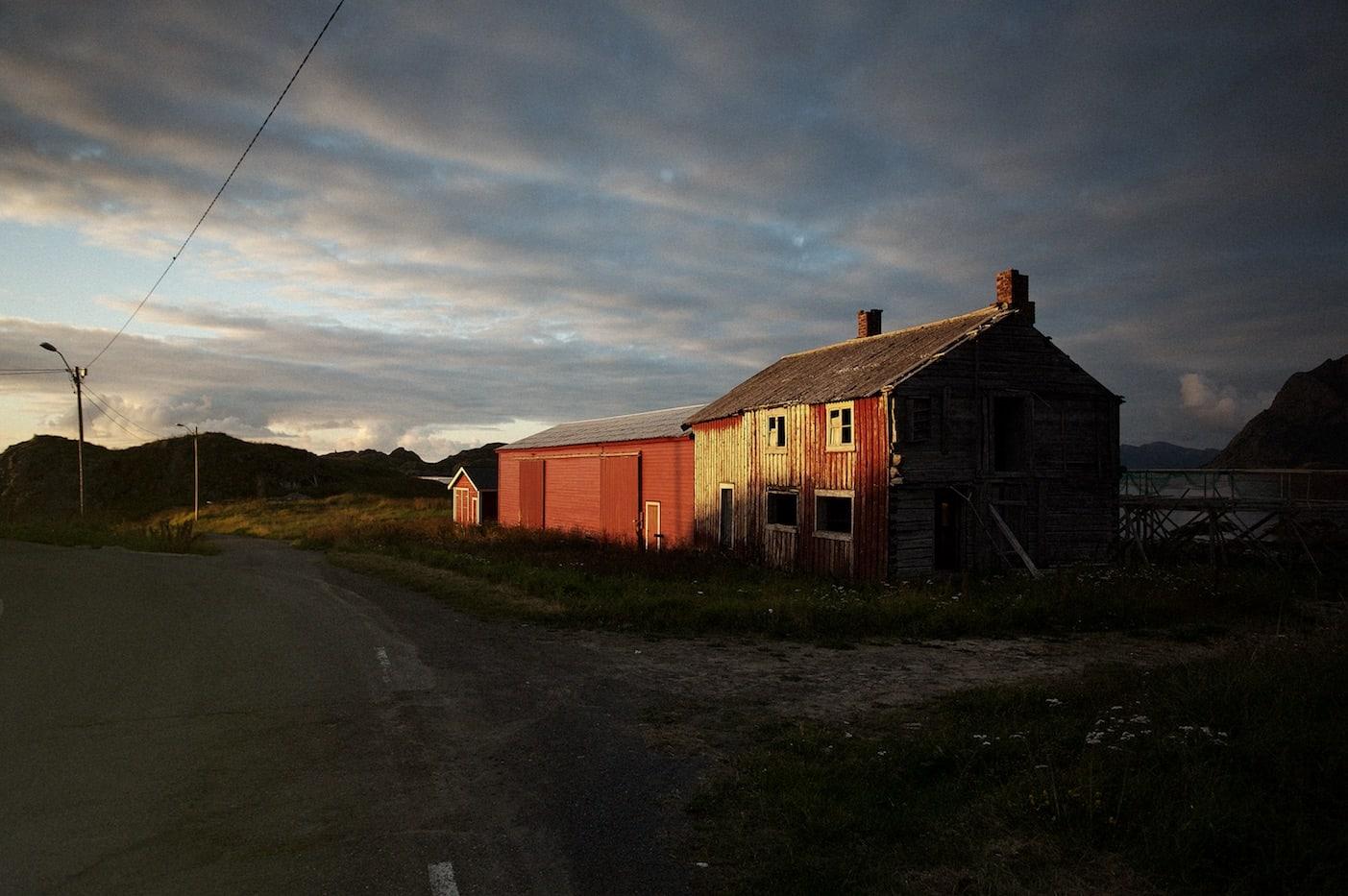 FORLATT: Det er lenge siden noen bodde i de mange øde husene.