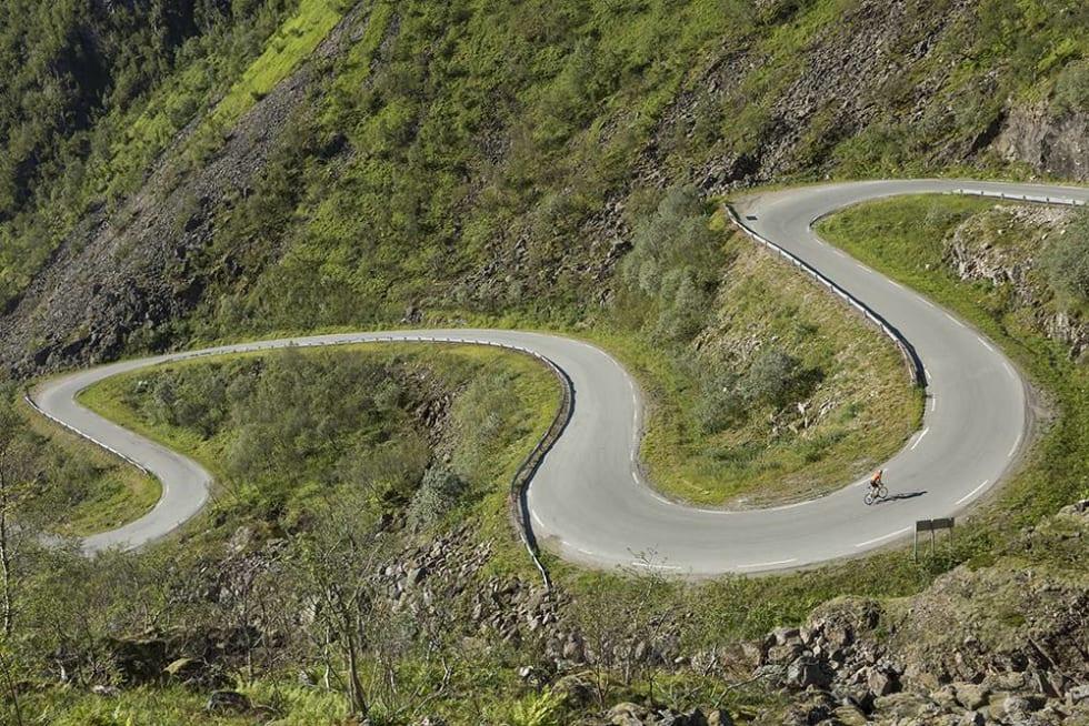 SLANGE: Hvor er vi nå? Denne slangen av en vei kan du lese mer om i «Bakker og berg».