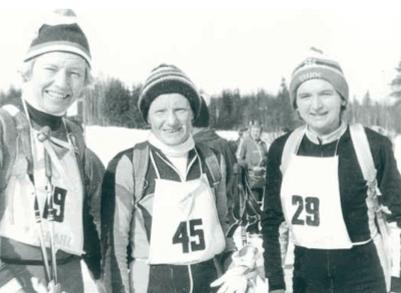 STERKE DAMER: Det tok mange år før damene fikk lov til å konkurrere i birken. Fra venstre: Berit Mørdre Lammedal, Valborg Østberg og Svanhild Røiri.