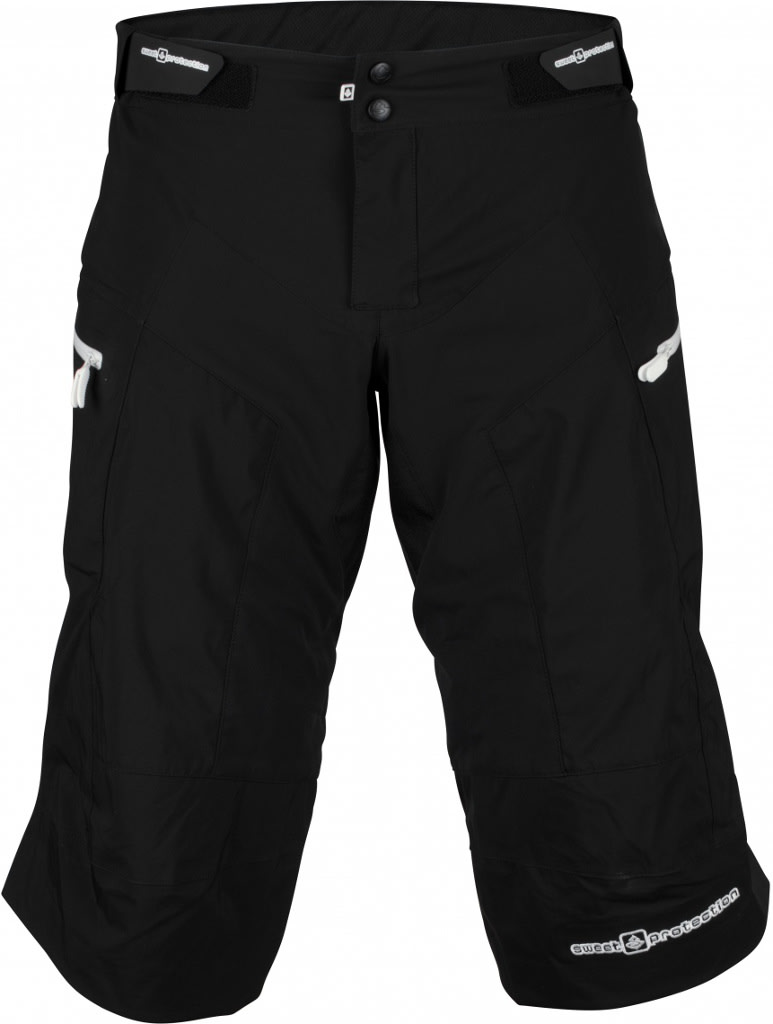 TØRR BAK: Sweets Mudride-shorts holder deg tørr der det gjelder som mest. Nederst på ryggen...