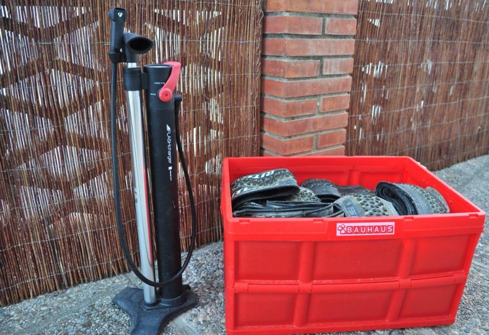 (H)JULEFRED: Med en kompressorpumpe i huset blir det ro i sjelen hos oss som sykler slangeløst.