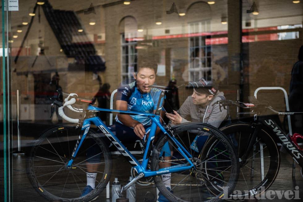 PRESSESJEF: Med en gang sykkelen er klar, skal King Lok varme opp i vestibylen til Grieghallen.