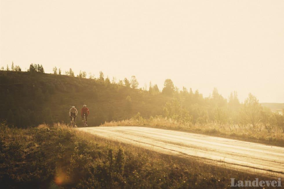 KNALLHARDT: Oljegrusen i området er rask. Her fra strekningen mellom Vaset og Hemsedal. Foto: Kristoffer Kippernes.
