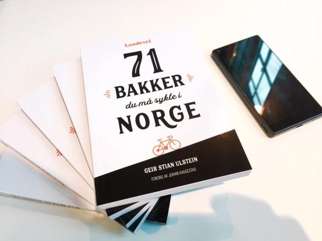 KJEKK STORLEIK: 71 bakker du må sykle i Norge, passer perfekt i baklommen. Foto: Henrik Alpers.