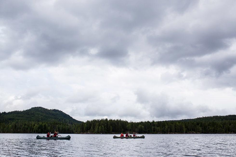 TIDEMANDS Ø: Vi pakker sekken og padler over til Tidemands Ø i Bjørnsjøen. Ø-en med den fineste kjærlighetshistorien. Foto: Marte Stensland Jørgensen