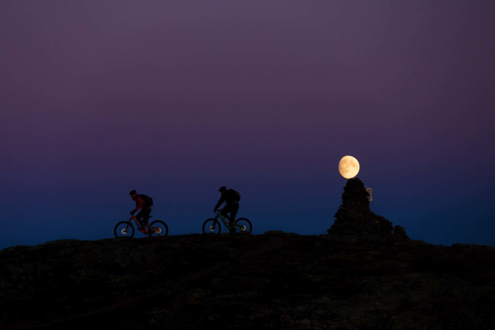 TIL SISTE TIME: På høsten er dagene korte, men lyset magisk. Foto: Kristoffer H. Kippernes.