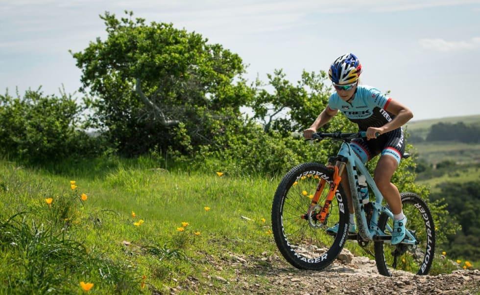 OL-HÅP: Emily Batty fra Canada er en av flere OL-håp som er fornøyde med å slanke sykkelen over 200 gram.