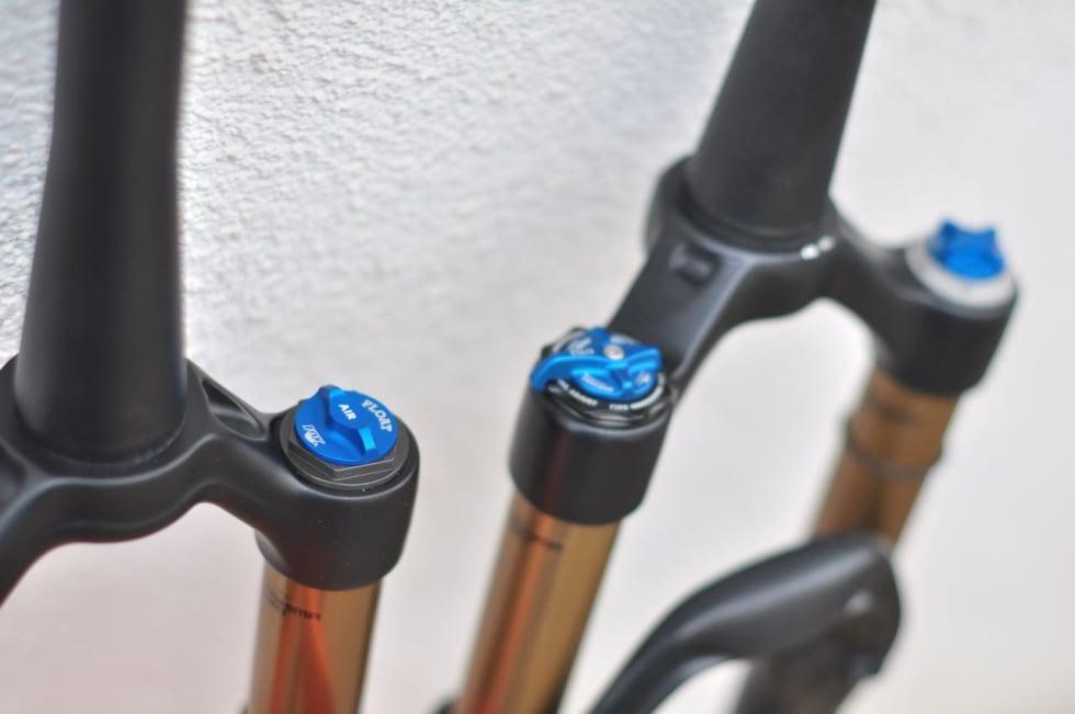 FIN DETALJ:6 Det nye lokket på luftventilen er likt det på årets Float-gaffel. Det er lettere å skru opp enn tidligere lokk.