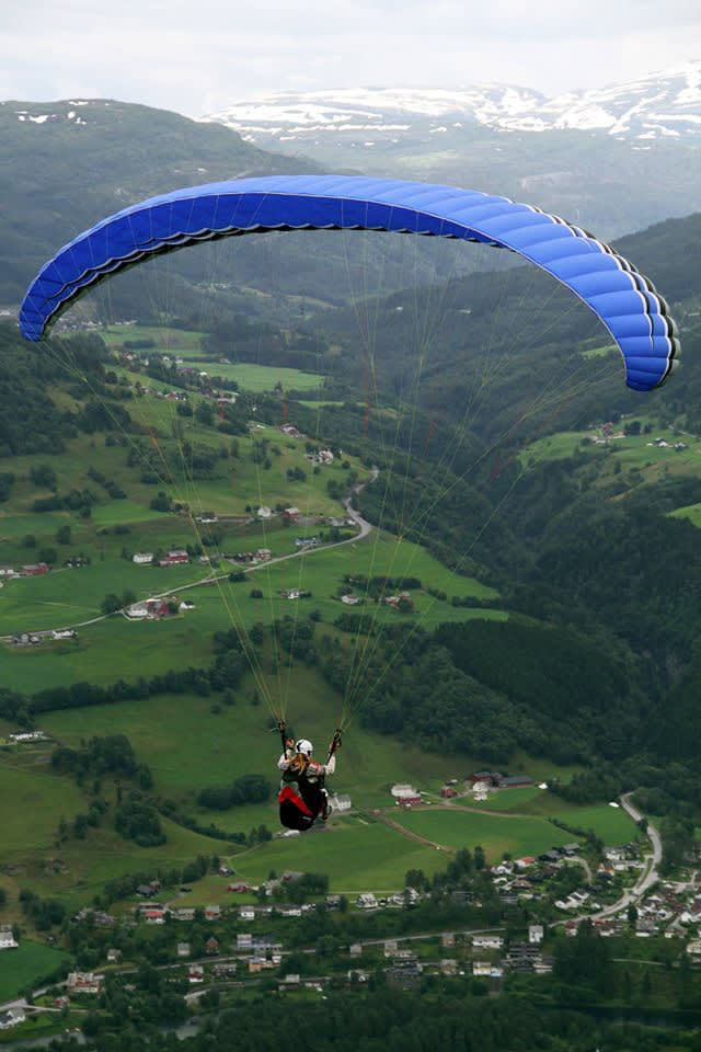 GunvorW-paraglider