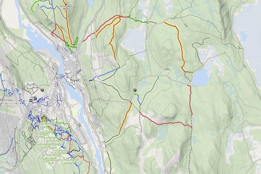ØST FOR ELVA: På østsiden av elva og sentrum er det store skogsområder med mange fine stier for sykling. Skjermdump: mtbmap.no.