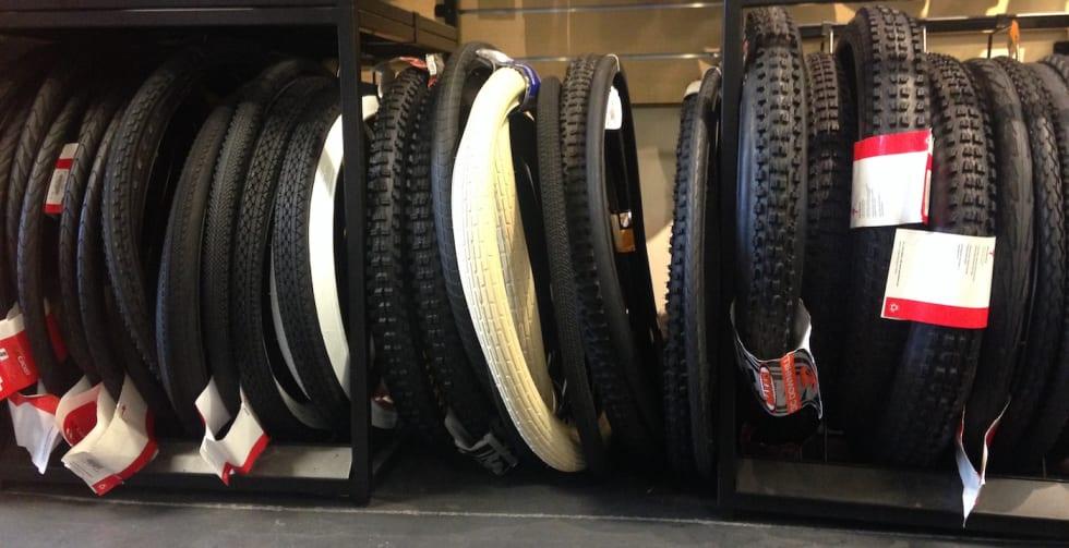 MTB Tires - Foto Ingeborg Scheve 1400x780