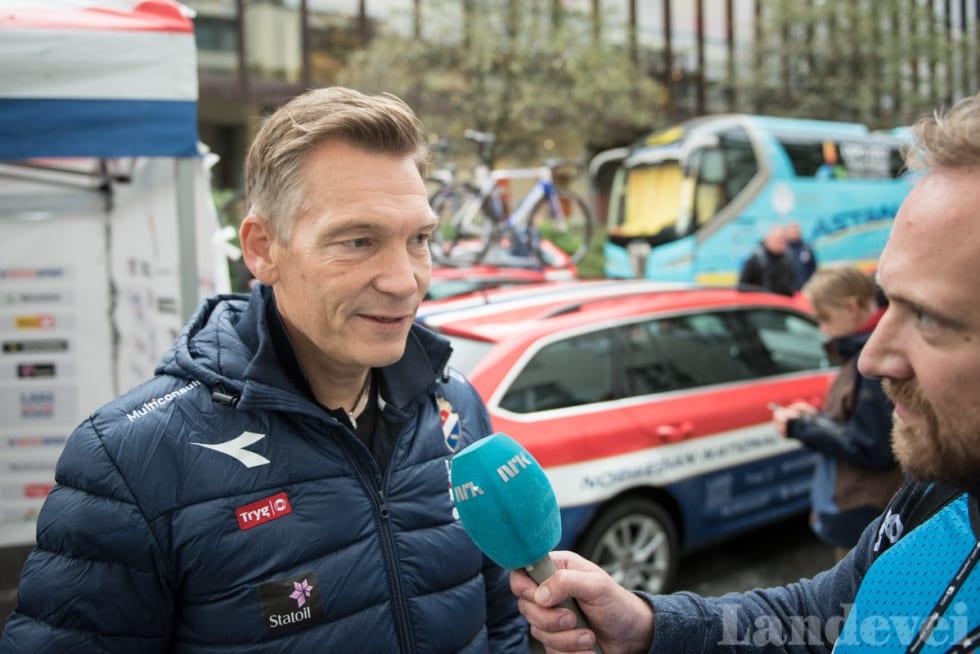 BRA GJENNOMFØRING: Men ikke fornøyd med resultatet. Landslagssjef Stig Kristiansen så laget gjøre alt etter planen, uten å lykkes til døra.