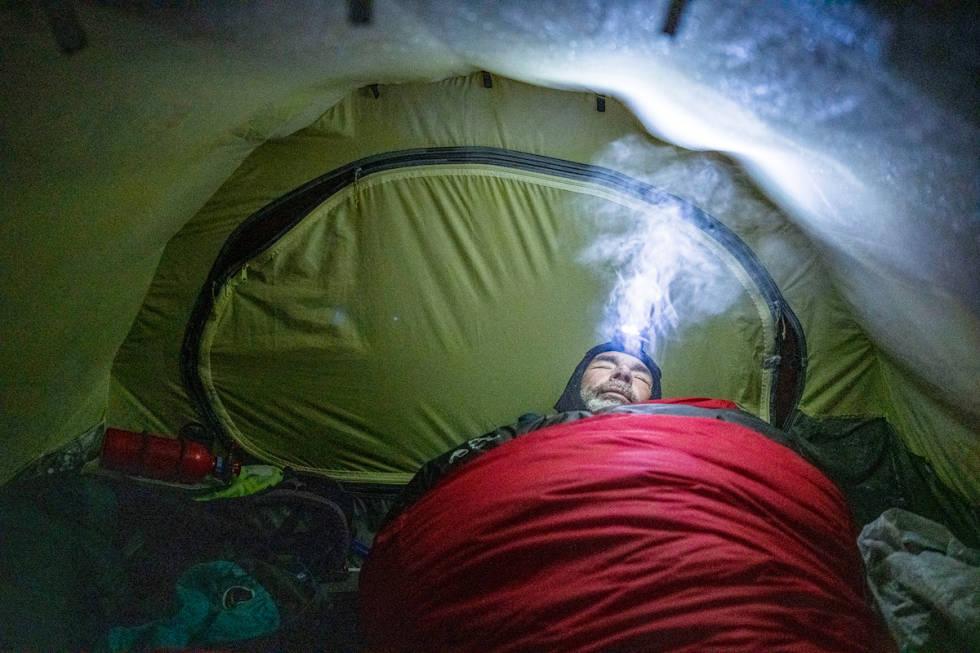 Mike Horn i teltet