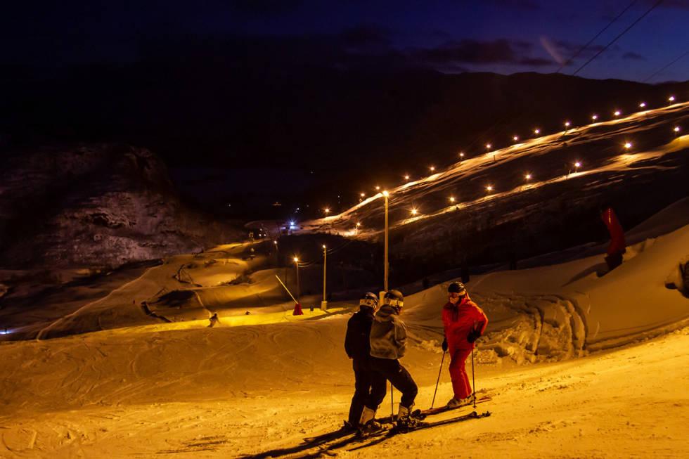 Kveldskjøring i Eikedalen