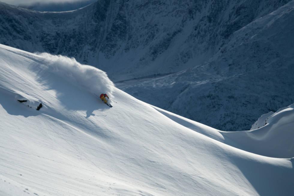 Lyngen-fantastiske-skiforhold-Martin-Andersen